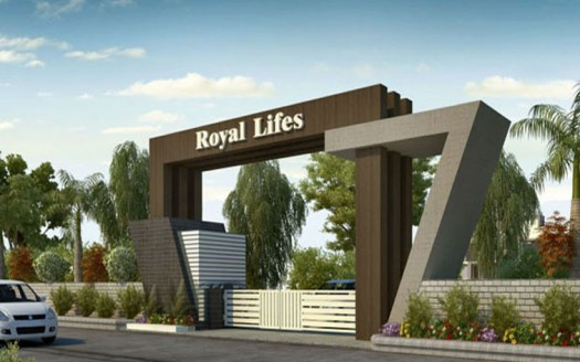 Royal Lifes Gate copy